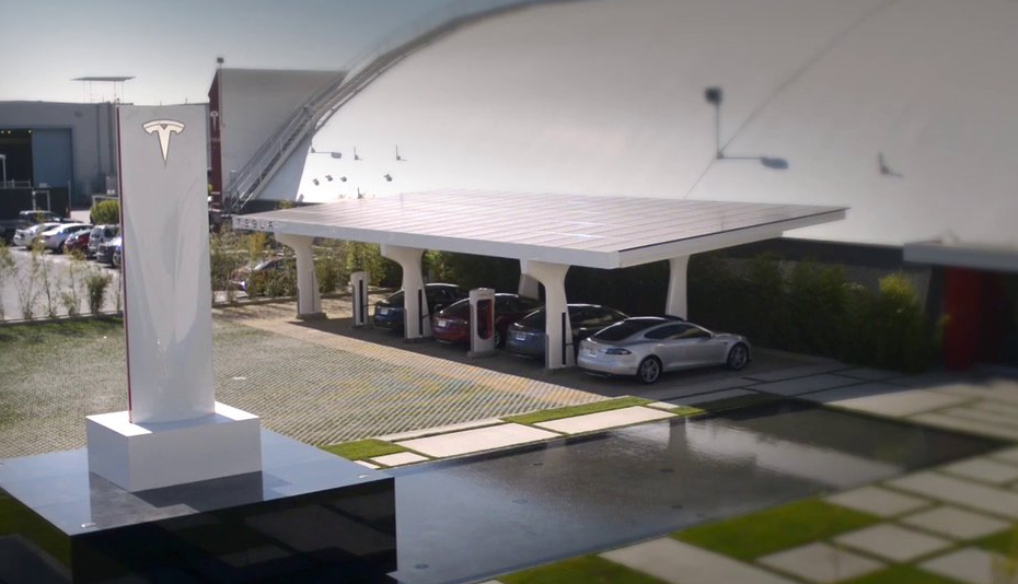 Tesla-announces-a-nationwide-Supercharger-network