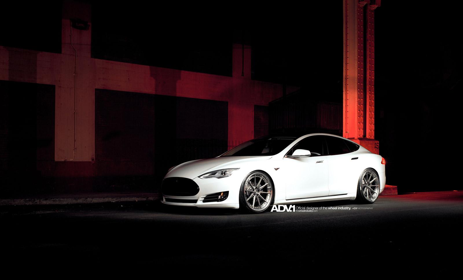 Tesla Model S Adv   Brushed Gunmetal