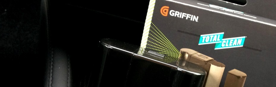 Griffin-Screen-Cleaning-Kit-Tesla-Model-S-2