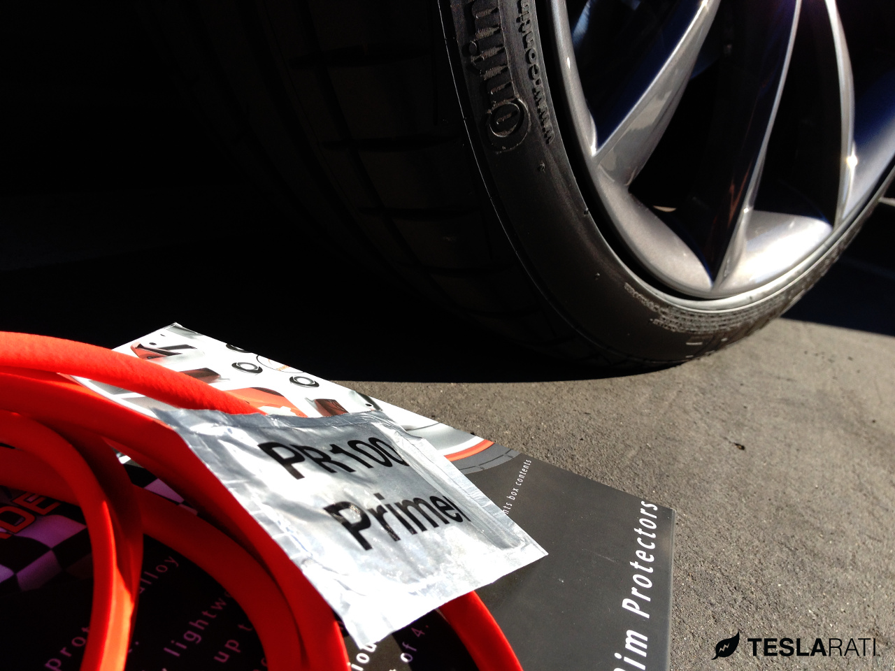 Rimblades-Tesla-Wheel-Primer-Wipe