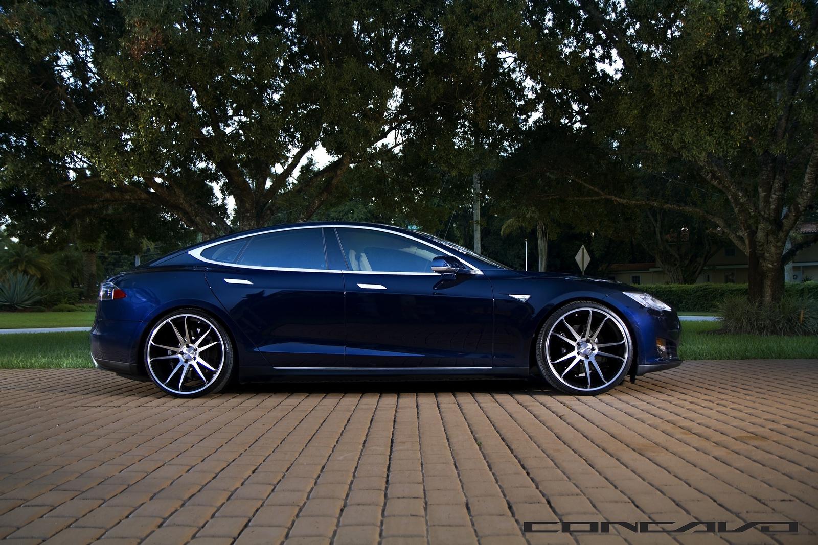 Tesla Model S Aftermarket Wheels Concavo 22 Inch Side