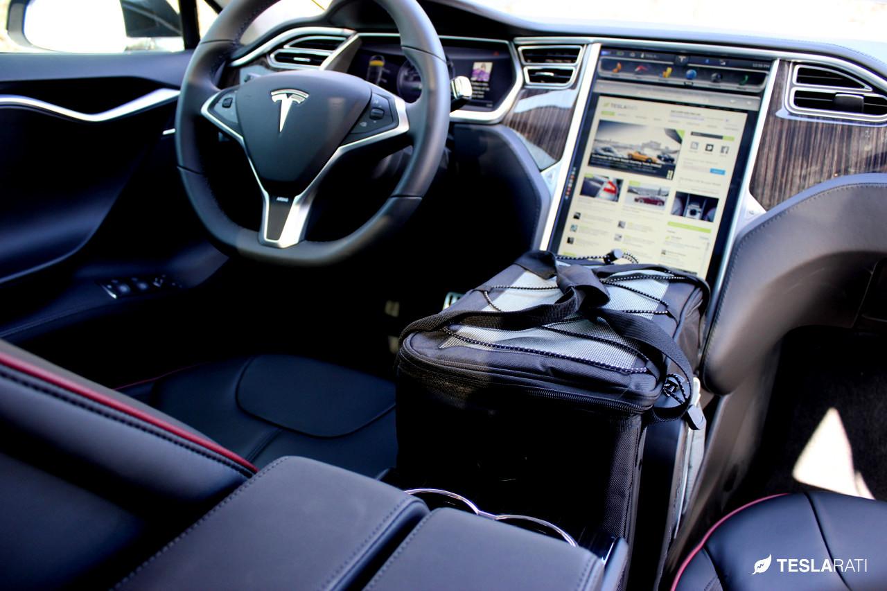 Tesla-Model-S-Frunk-Organizer-Cooler-16