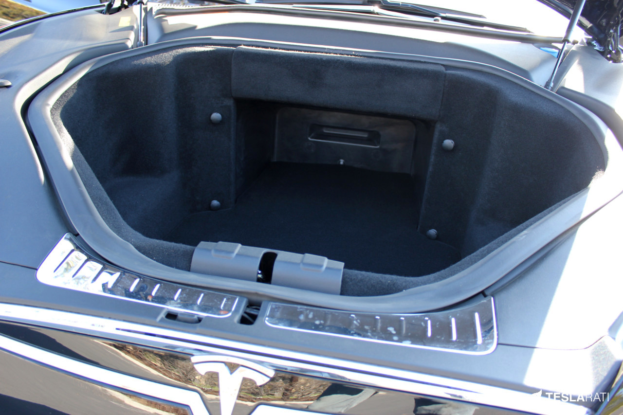 Tesla-Model-S-Frunk-Organizer-Cooler-3