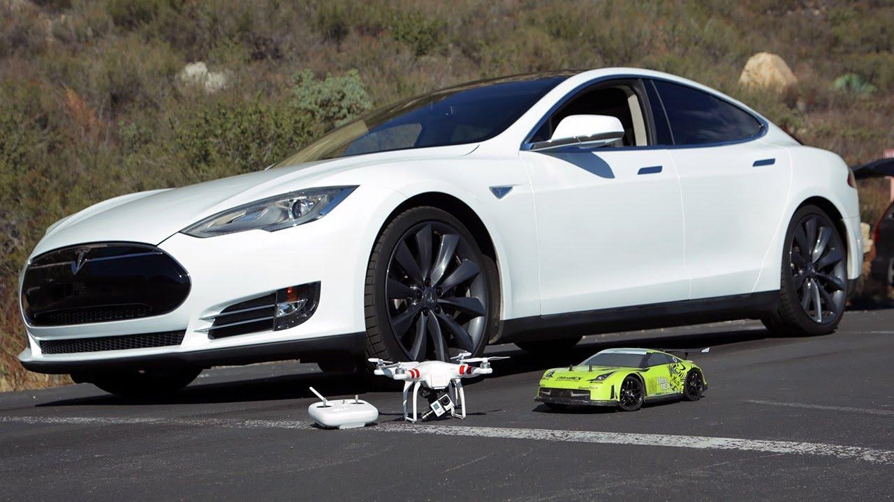Tesla-Model-S-RC-Drag-Race