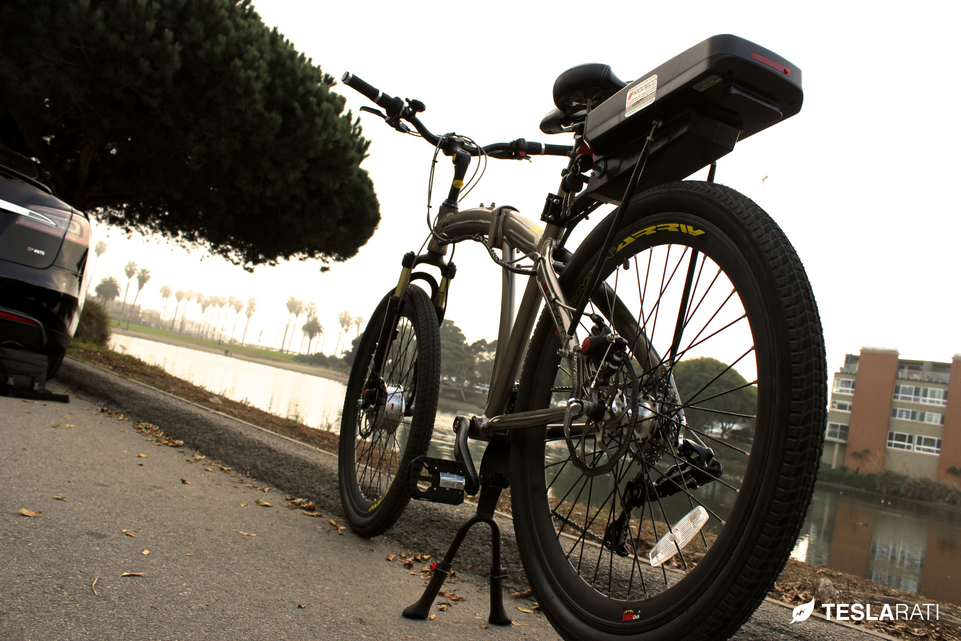 Tesla-Folding-Electric-Bike-Prodeco-2