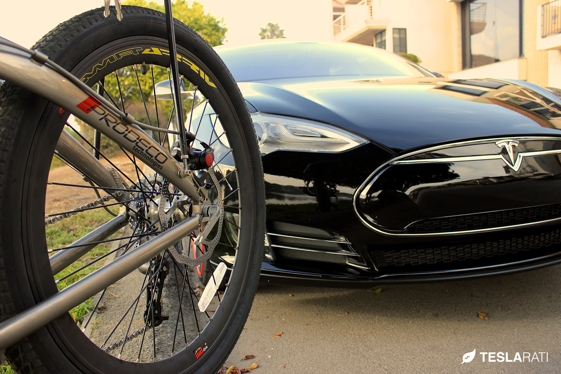 Tesla-Folding-Electric-Bike-Prodeco-5