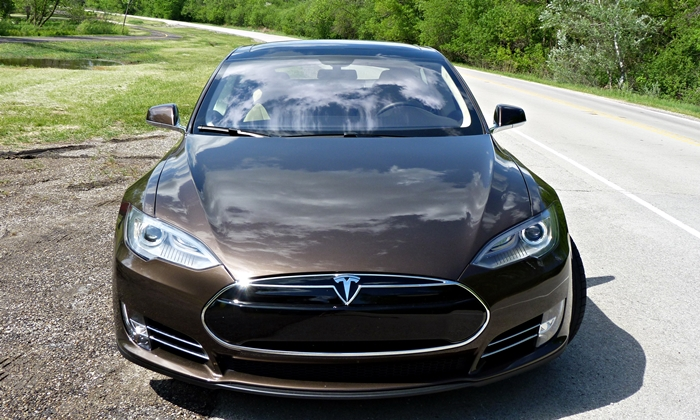 Tesla-Model-S-Front-Brown