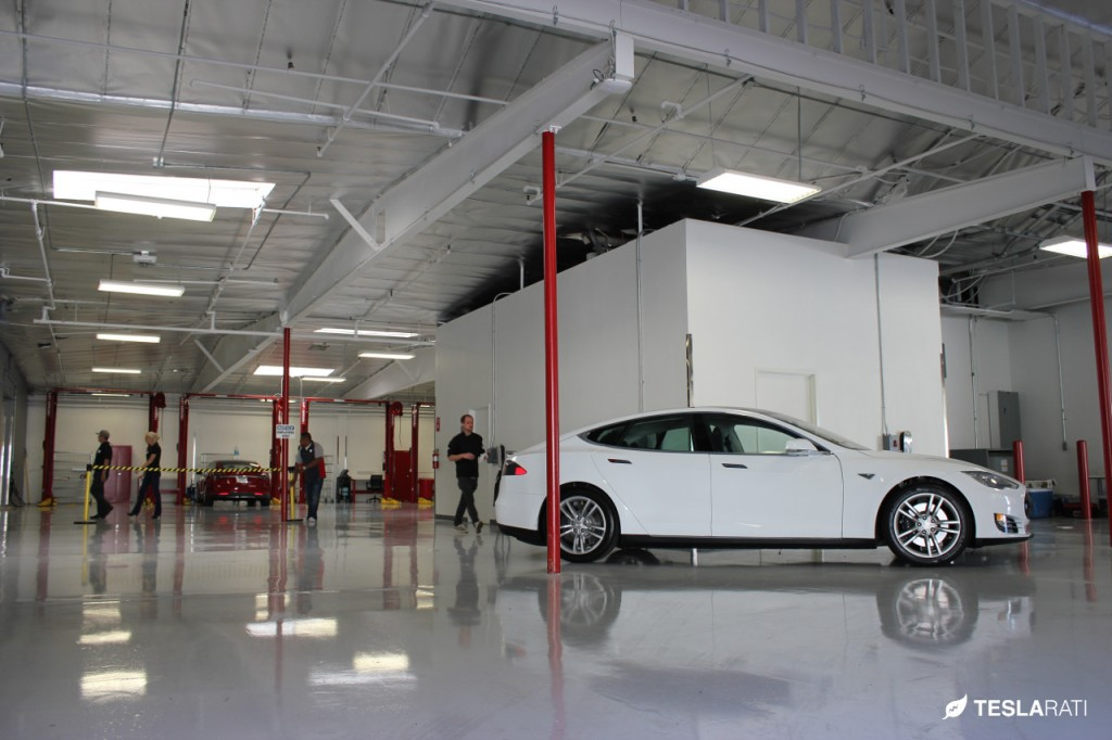 Tesla Motor service center Los Angeles, CA