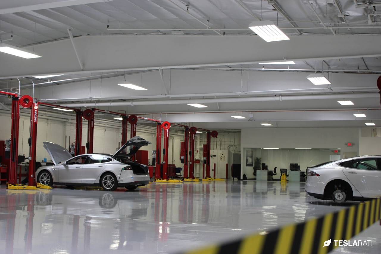 tesla la club unveils los angeles 39 largest tesla service center through scavenger hunt. Black Bedroom Furniture Sets. Home Design Ideas