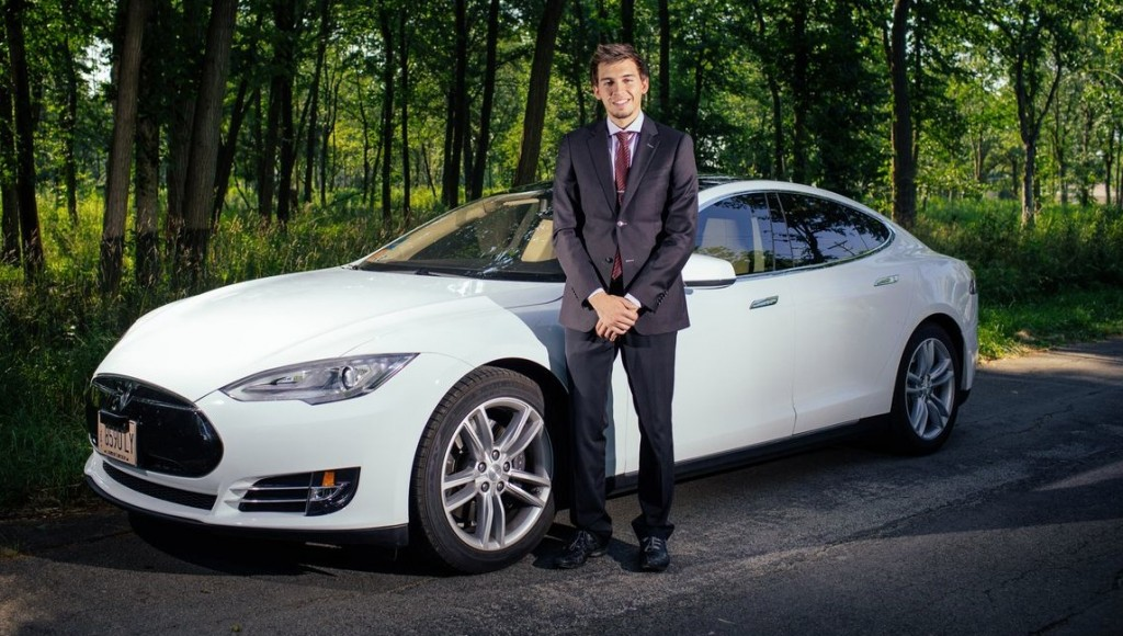 Gino Owner / Driver Tesla Model S Limousine