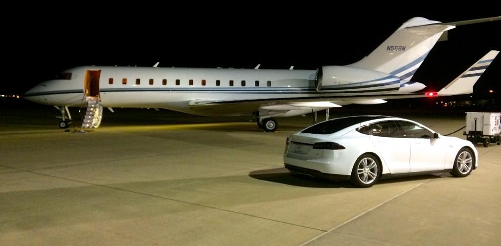 Tesla Model S Limousine Jet Service