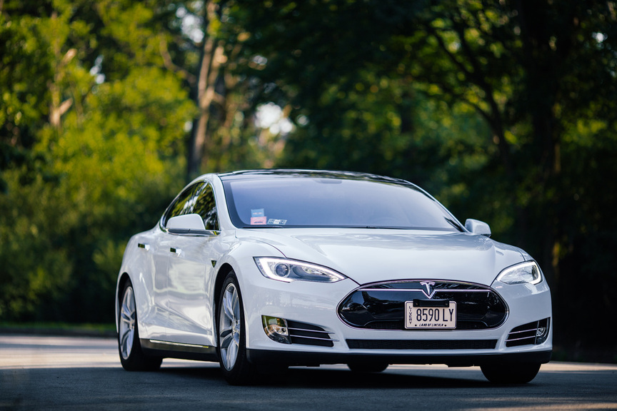 Tesla Model S Limousine Watts on Wheels