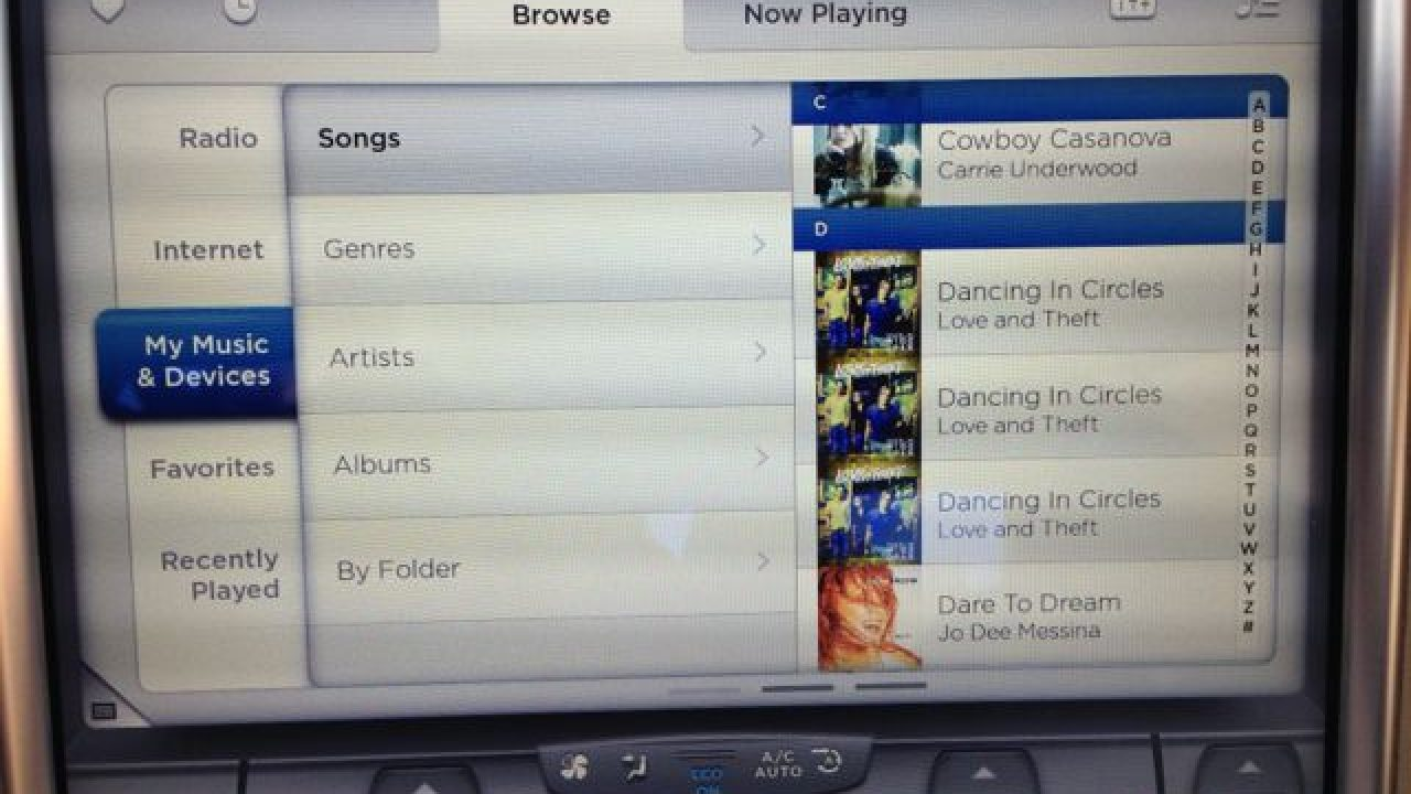 Playing Music from a USB Drive in the Tesla Model S