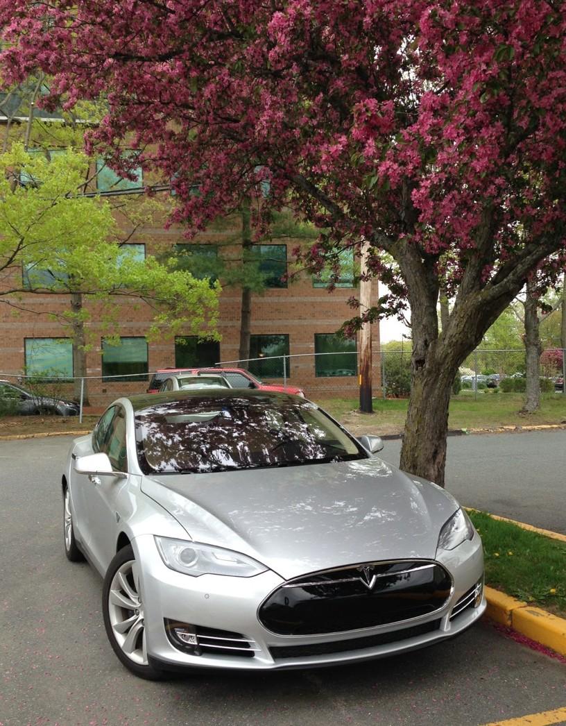 Tesla S60 Vs S85 Service Loaner