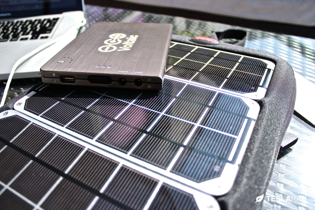 Voltaic-Fuse-10w-Solar-Charger-3