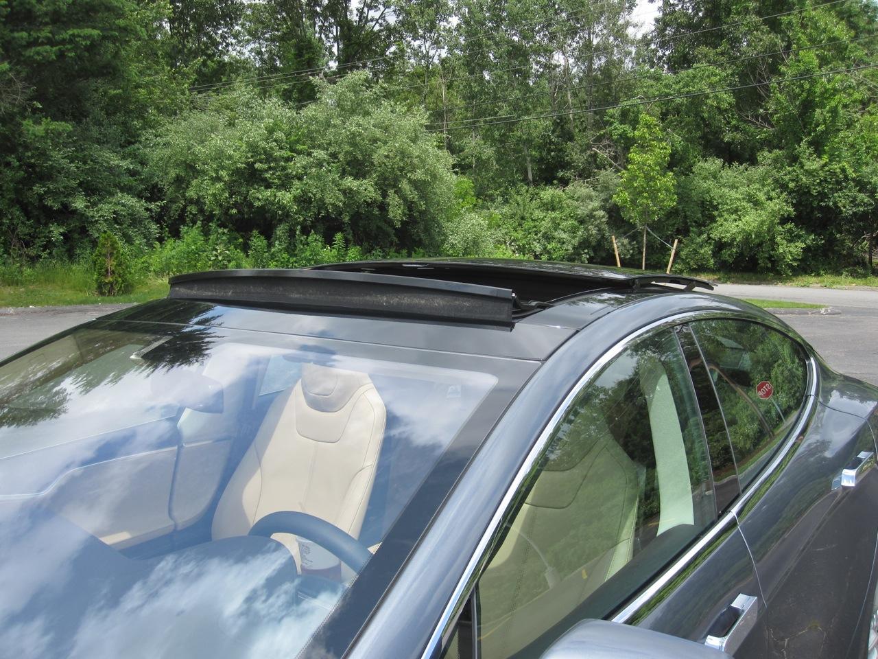 Tesla Model S Panoramic Roof Review
