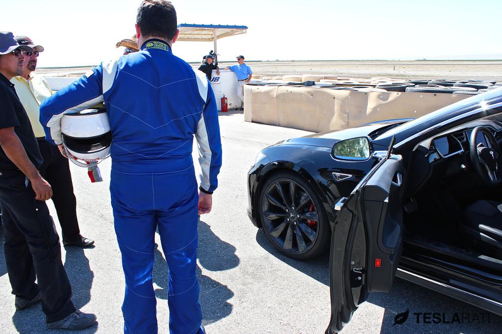 Saleen-Tesla-Model-S-Track-Test-11
