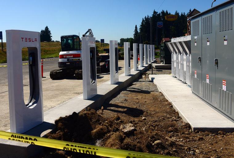 Tesla-Supercharger-Bay