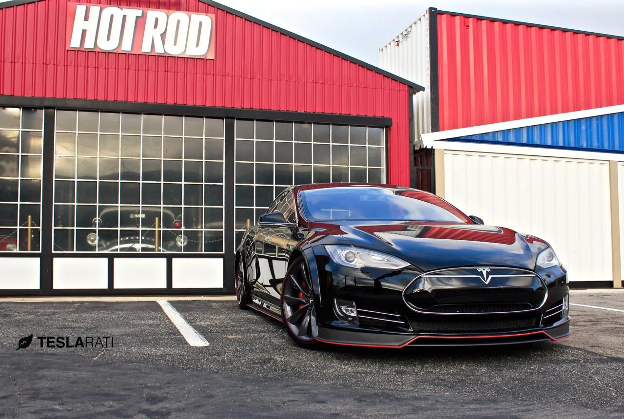 R-Zentric-Tesla-Model-S-Splash-Teslarati