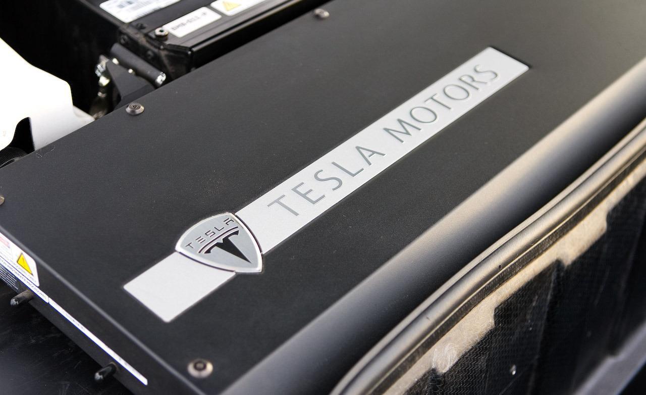 Tesla-battery-pack