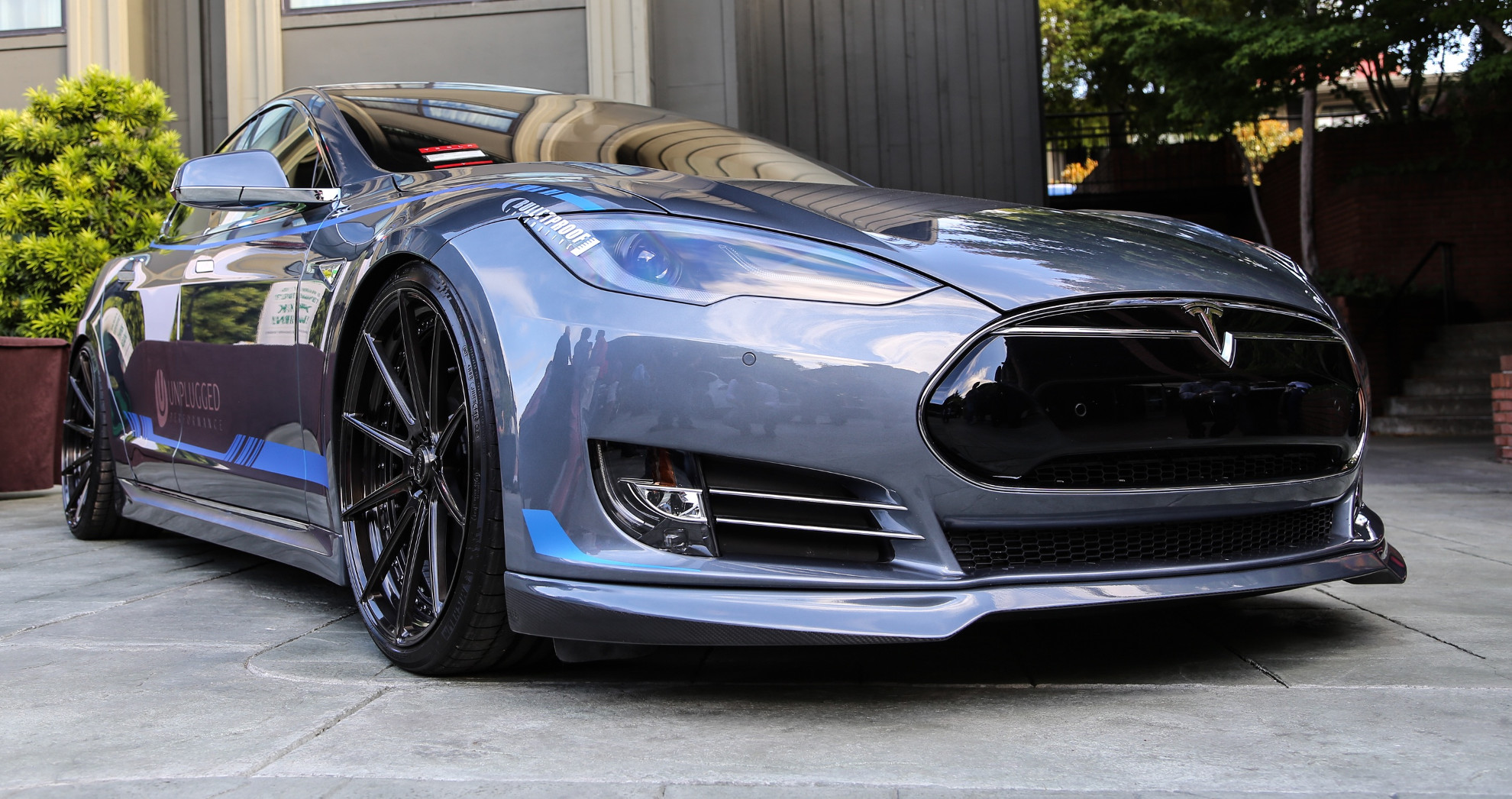 unplugged performance debuts tesla model s body kit. Black Bedroom Furniture Sets. Home Design Ideas