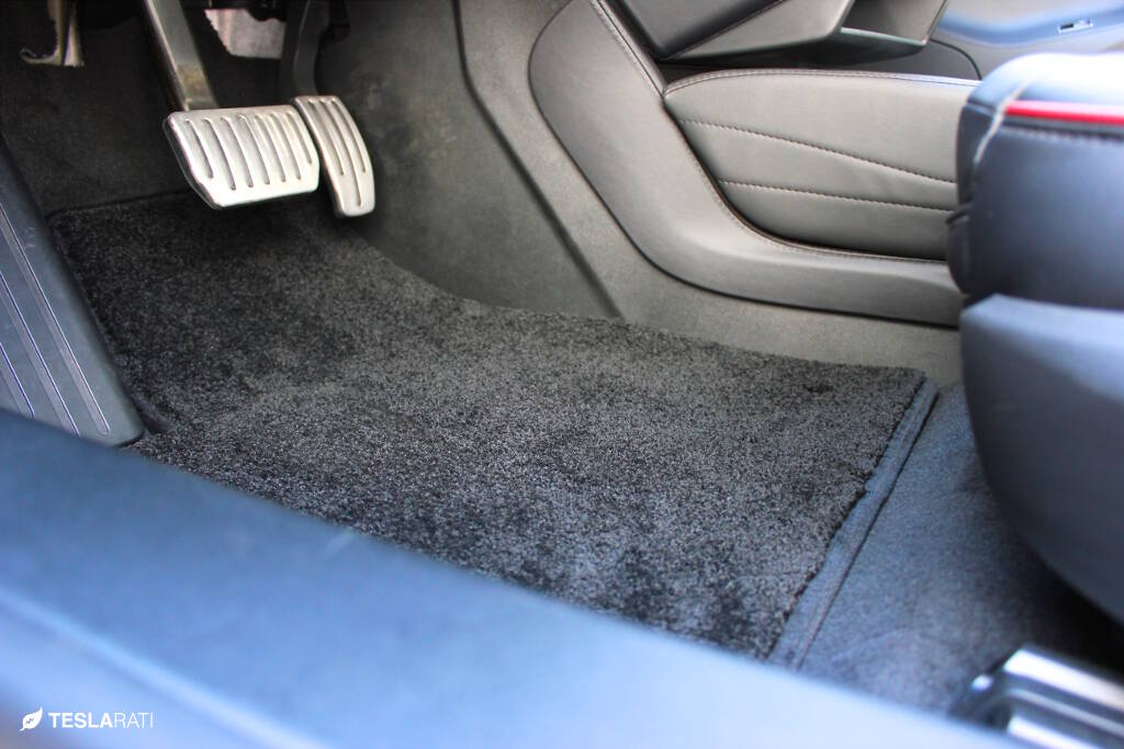 Lloyds-Tesla-Floor-Mats-9