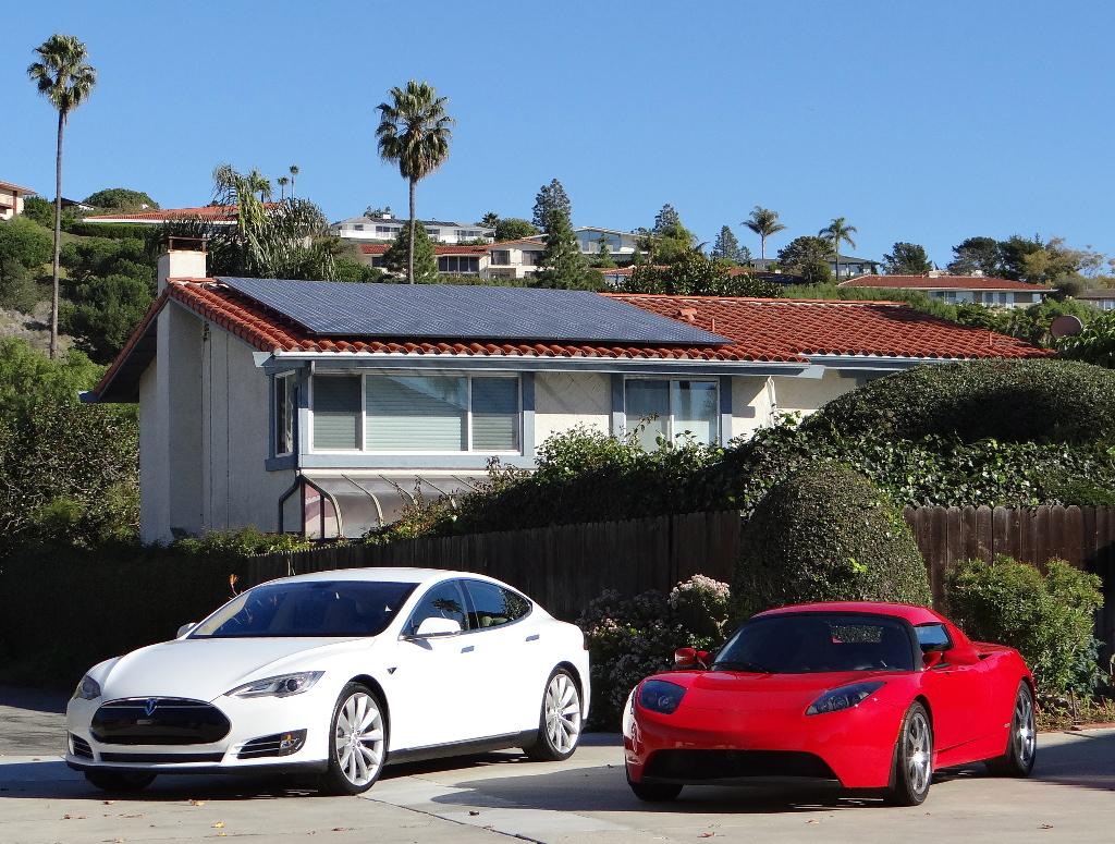 Solar-Panels-Tesla