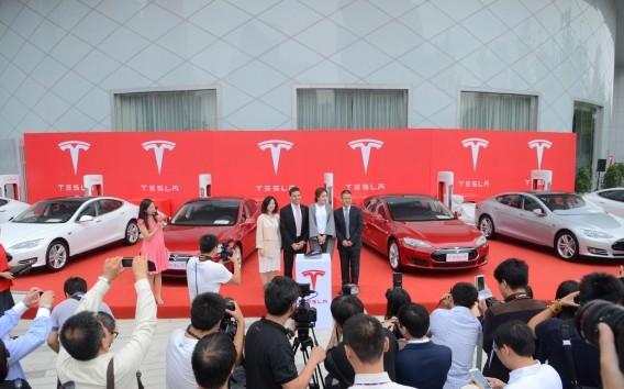 Tesla Chendu China Delivery