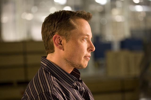 Elon Musk says Apple is the Tesla Graveyard
