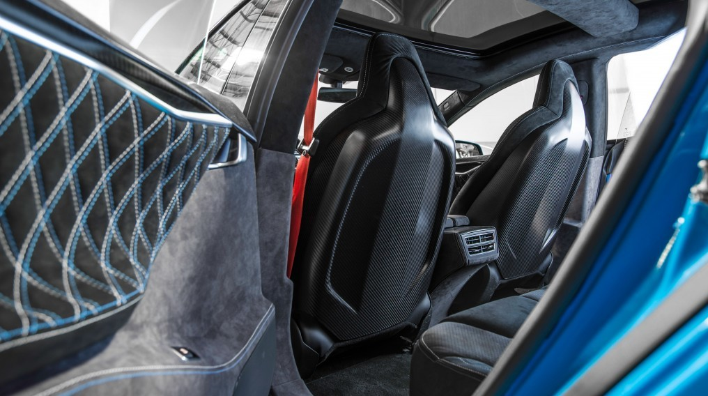 Unplugged-Performance-Tesla-Carbon-Fiber-Seat