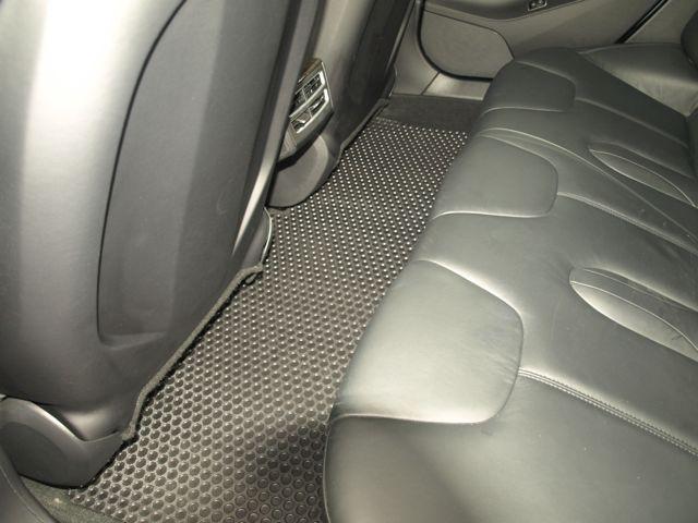 Lloyd Rubbertite Mats for Model S Rear Seat