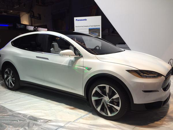 A Model X appears at the CES show in Las Vegas, it seems to have a shallower angle for the front hood and window compared to other versions of the SUV/Crossover. (Source: USA Today/Twitter)