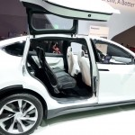 Tesla-Model-X-Falcon-Doors-CES-2015