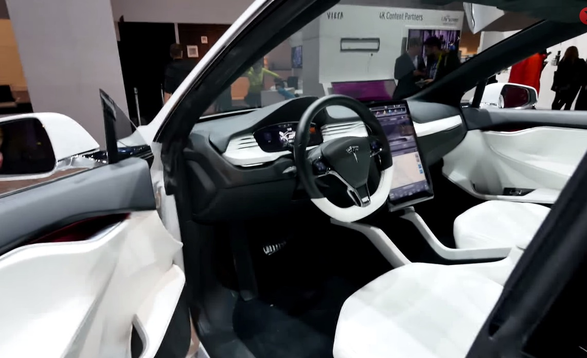 Tesla-Model-X-Interior-CES-2015