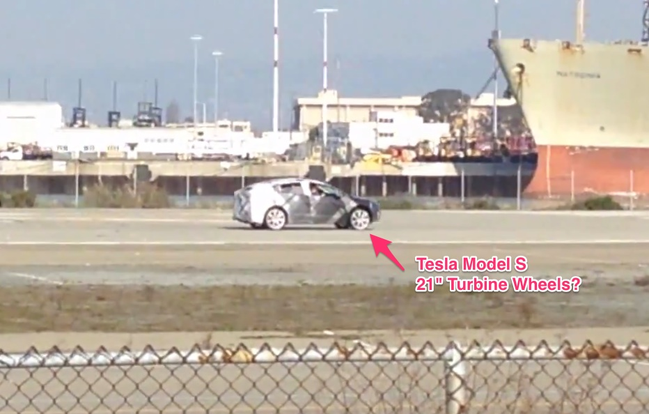 Tesla-Model-X-Spy-Shot-6
