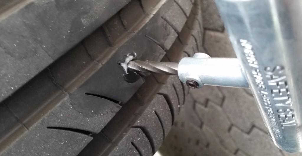Tesla Model S Fix Flat Tire