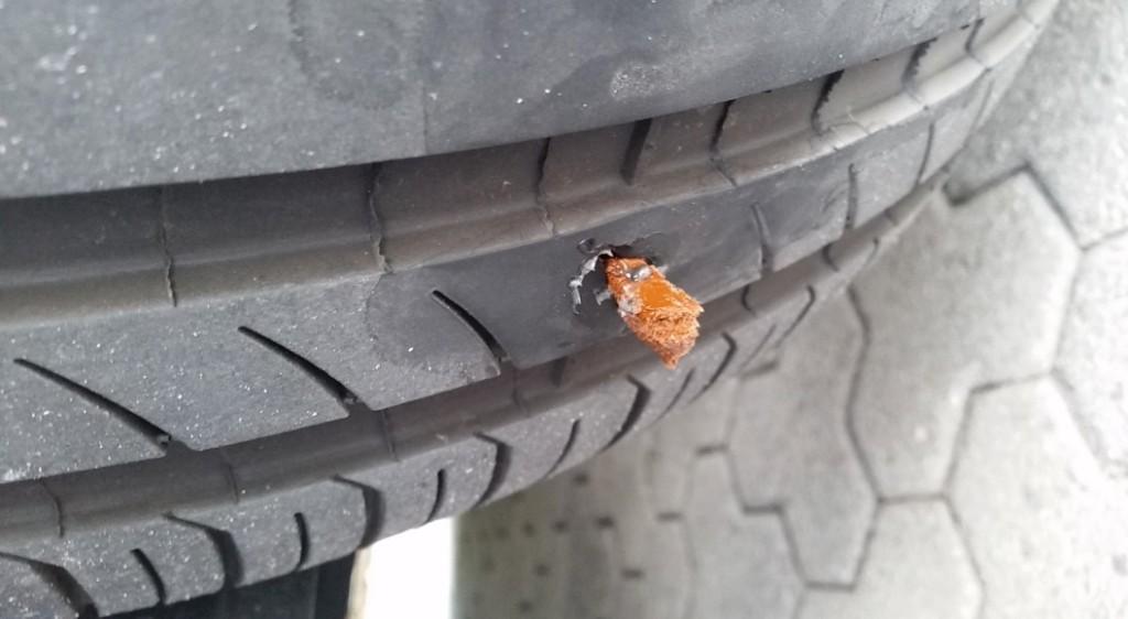 Tesla-Flat-Tire-Repair-3