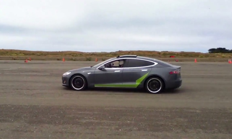 Tesla-Model-S-Autocross-2