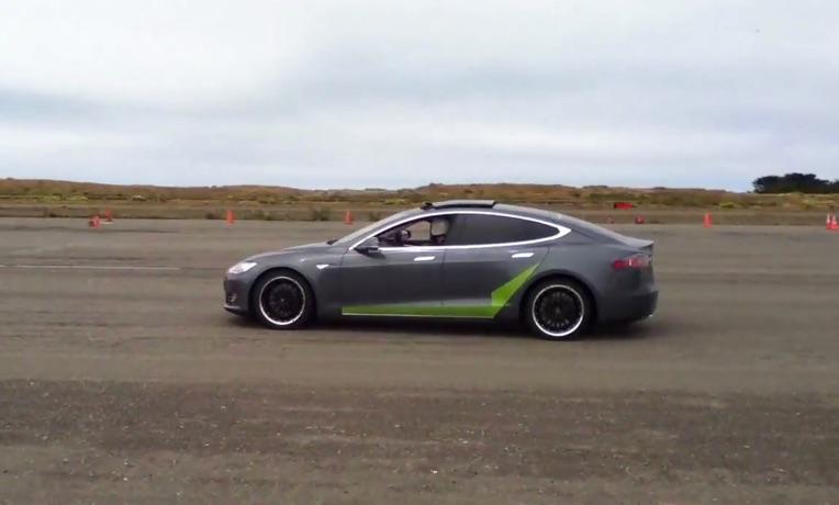 Tesla-Model-S-Autocross-2