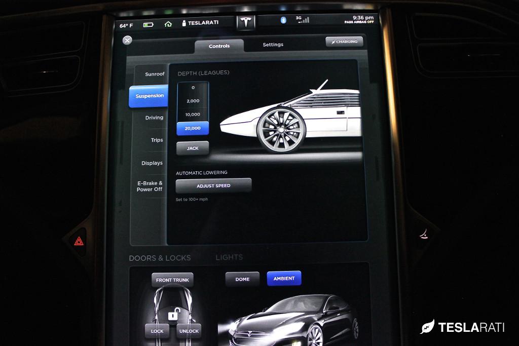 Tesla-Model-S-Easter-Egg-James-Bond-4