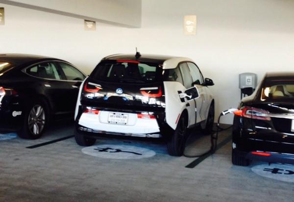 Tesla Model S and BMW i3