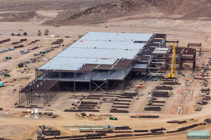 Tesla-Gigafactory-Construction