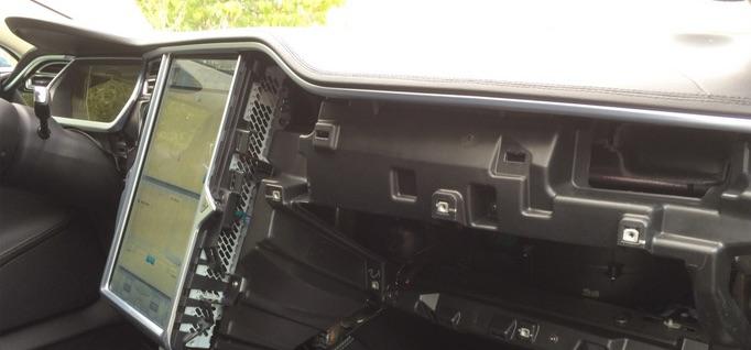 Tesla Model S Carbon Fiber Interior Trim Dash Removal