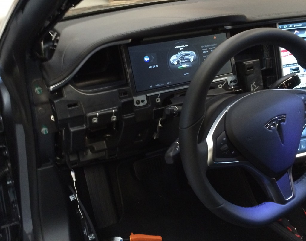 Tesla Model S Interior Dashboard Removal Teslarati