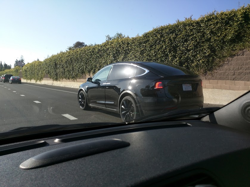 Black-Tesla-Model-X-Palo-Alto