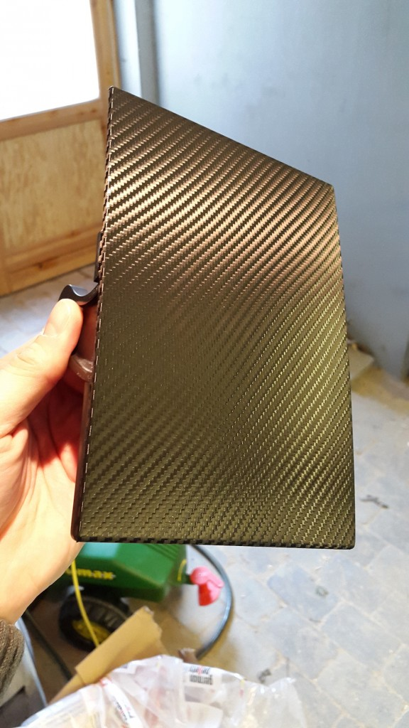 Carbon-Fiber-Wrap-Center-Console-8