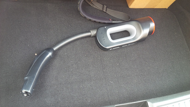 Tesla-Model-S-CHAdeMO-Adapter