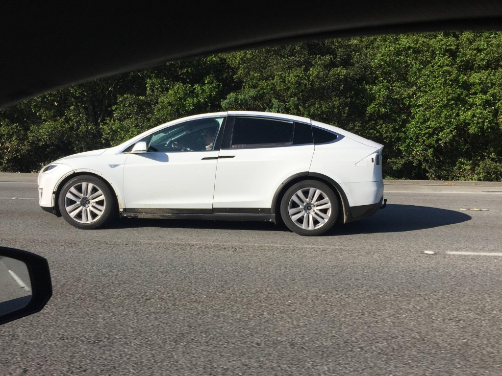 Tesla-Model-X-Sighting-I280