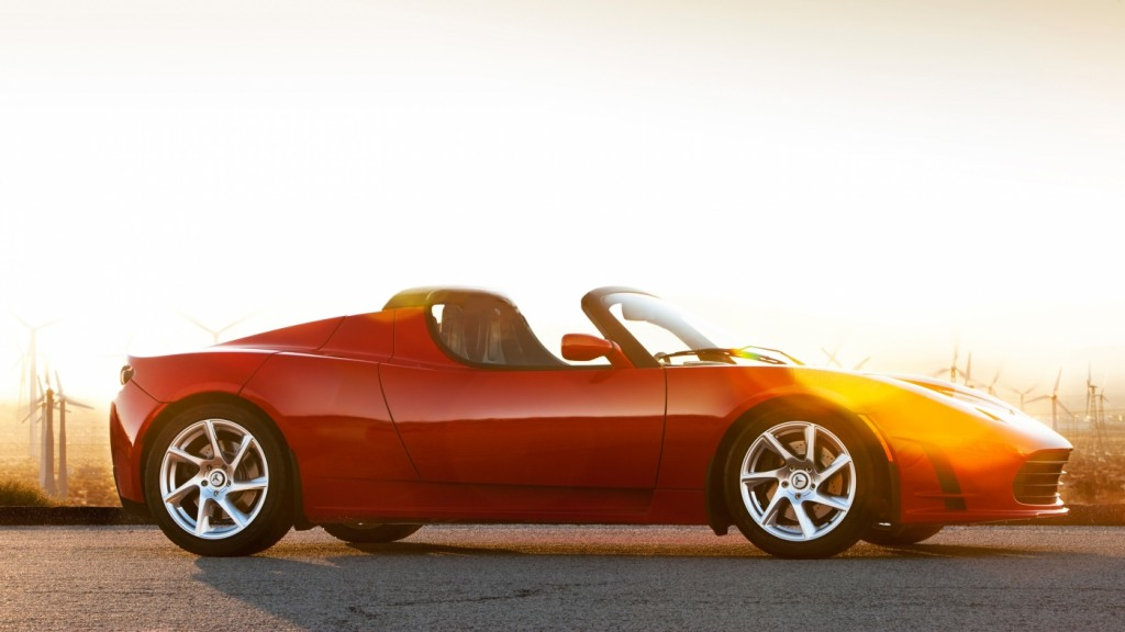 An upgrade Tesla Roadster battery is due in August, 2015