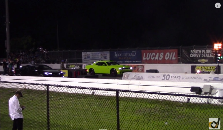 Tesla_Model_S_P85D_vs_Dodge_Challenger_Hellcat_Drag_Racing_Rematch